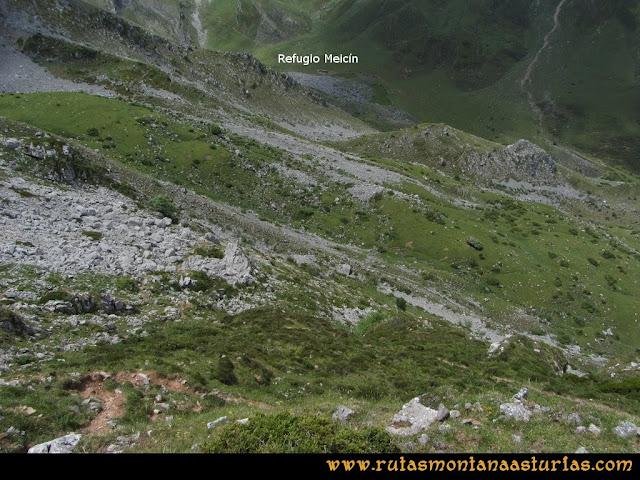 Ruta Peña Cerreos y Ubiña Pequeña: Bajando a la Esplana