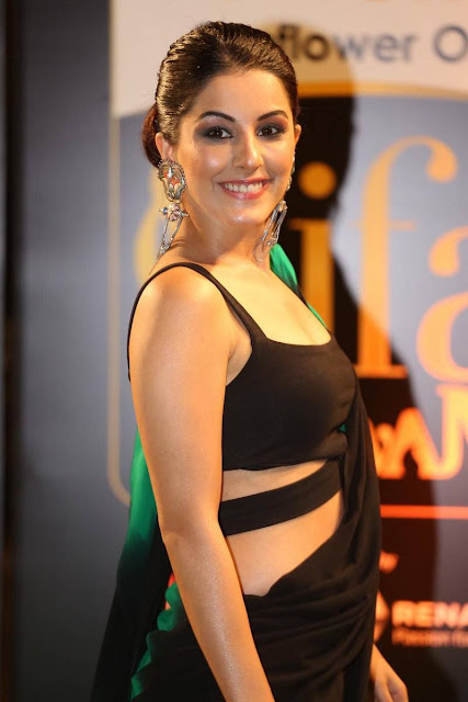 Isha-Talwar-Stills-At-IIFA-Utsavam-Award
