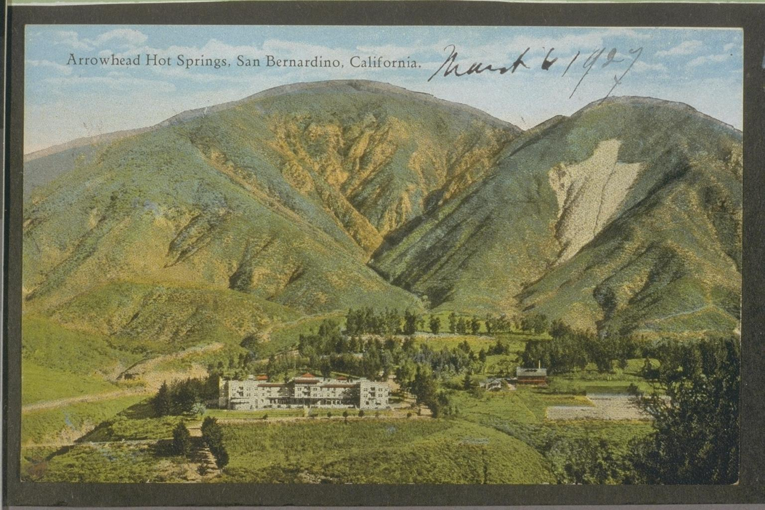 Arrowhead Mountain Spring Water: Arrowhead 100% Mountain