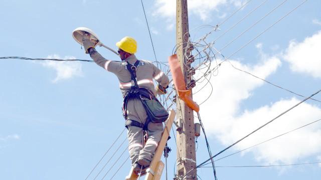Prefeitura de Chapadinha inicia restabelecimento da Iluminação pública