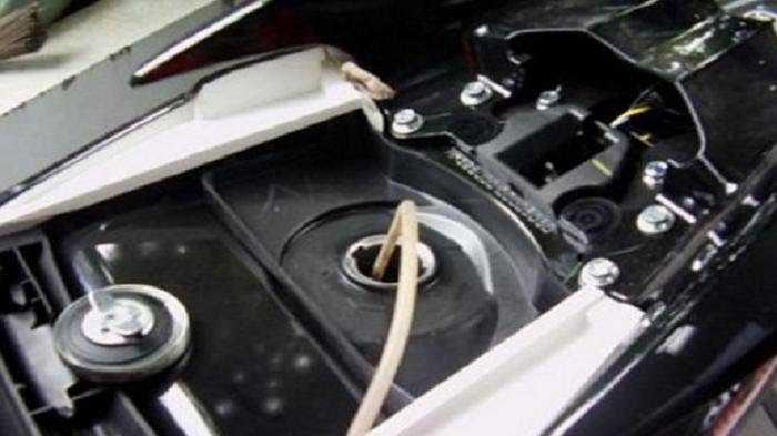 Cara Menguras Tangki Bahan Bakar Motor