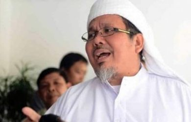 Tengku Zulkarnain: Pak Kapolri, Apakah Djoko Tjandra dan 2 Jenderal Polisi Diborgol Kayak Aktivis KAMI?
