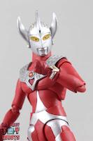 S.H. Figuarts Ultraman Taro 25