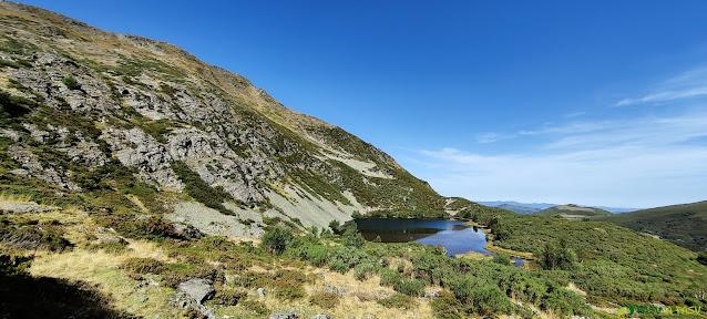 Vista de la Laguna de Arbás, Cangas del Narcea