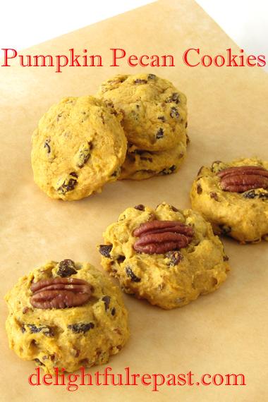 Pumpkin Pecan Cookies / www.delightfulrepast.com