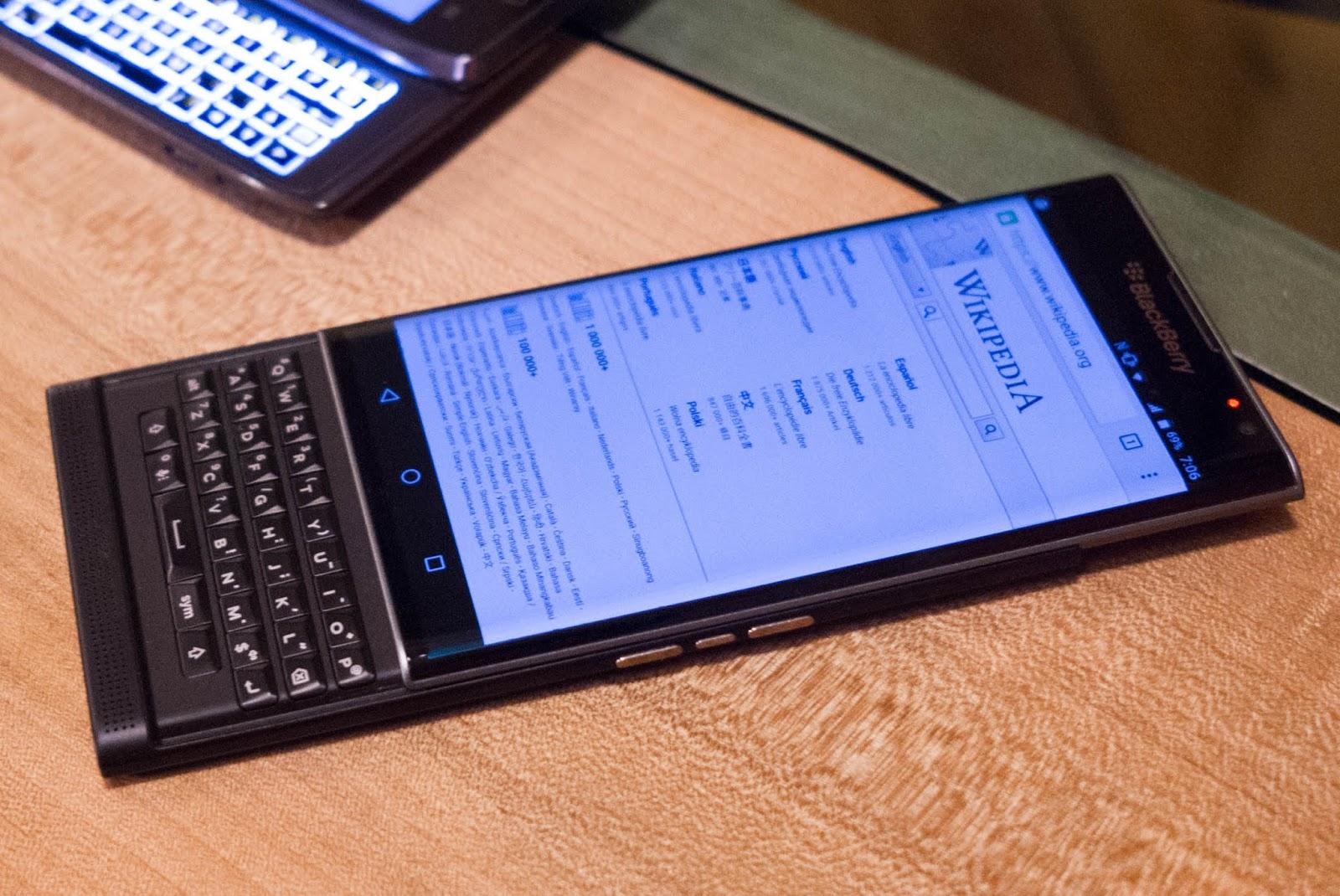 service Blackberry resmi Dbest