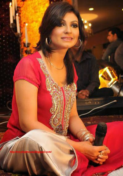All Actress Biography And Photo Gallery : fariha parvez