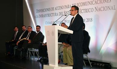 SUMAN 11 MILLONES DE POSTES DEL SISTEMA ELÉCTRICO NACIONAL PARA REDES DE TELECOMUNICACIONES.