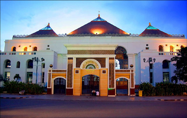 Masjid Agung Sultan Badaruddin