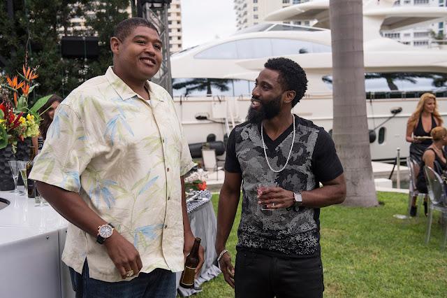 John David Washington şi Omar Benson Miller în serialul Ballers