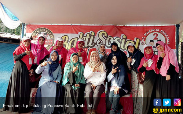 Kumpulan Emak-Emak ini Pilih Prabowo-Sandi Dibanding Jokowi