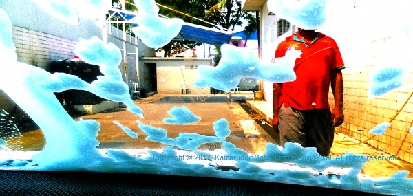 Mobile Photography, Scenes At The Car Wash 03