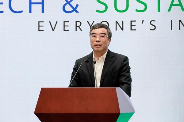 Huawei's Chairman Liang Hua