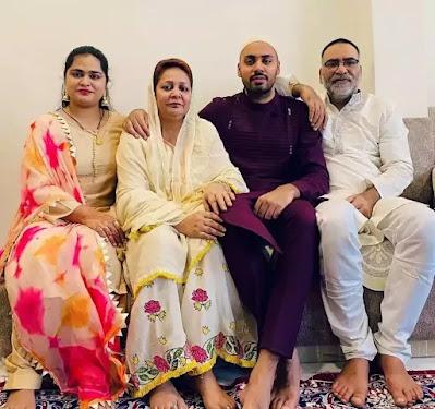 Avesh Khan Family