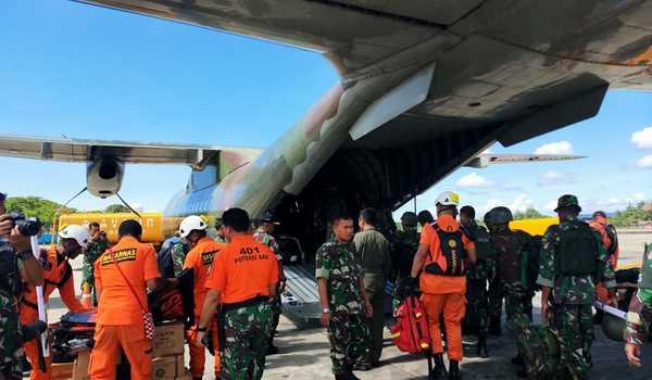Demi Kelancara Pencarian Helly MI-17 TNI, Pemda Pegubin Gelar Upacara Adat Bakar Batu