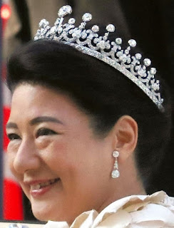 meiji scroll tiara diamond japan empress shoken masako
