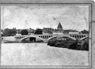 Pont et ville à identifier