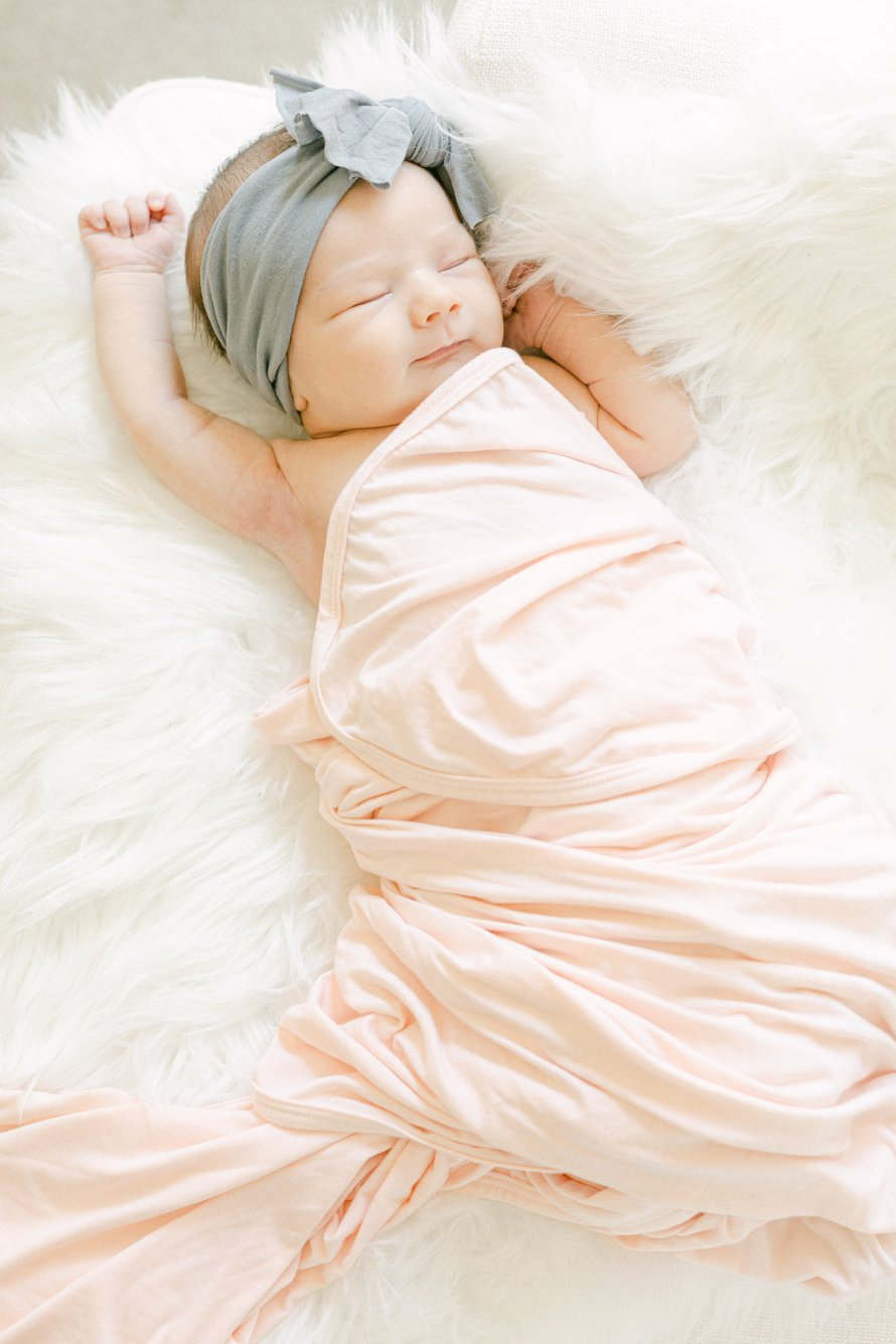 Newborn Lifestyle Photo Session-Bonney Lake, Washington Photographers-Snoqualmie Photographers-Something More Photography