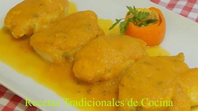 Receta de Medallones de pechuga de pollo en salsa de naranja