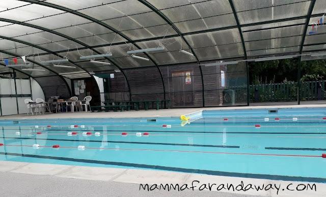 piscina scuola inglese