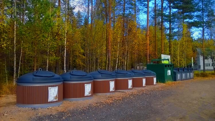 Контейнеры для раздельного сбора отходов потребления в Финляндии
