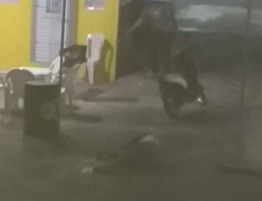 Homem é morto com vários tiros na Gleba C em Camaçari.