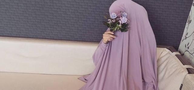 menutup aurat sesuai syariat islam