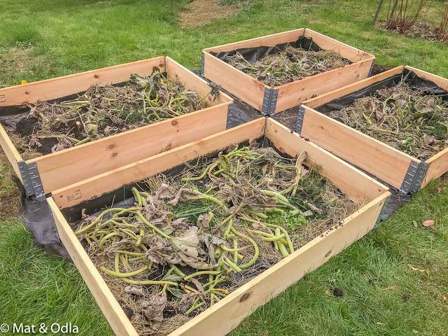 Förberedelse av pallkragar för odling