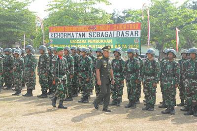 Kasdam Resmi Buka 338 Siswa Dikmaba TNI AD TA 2019 di Rindam IX/Udayana