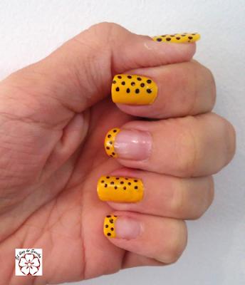 manicura en amarillo 1