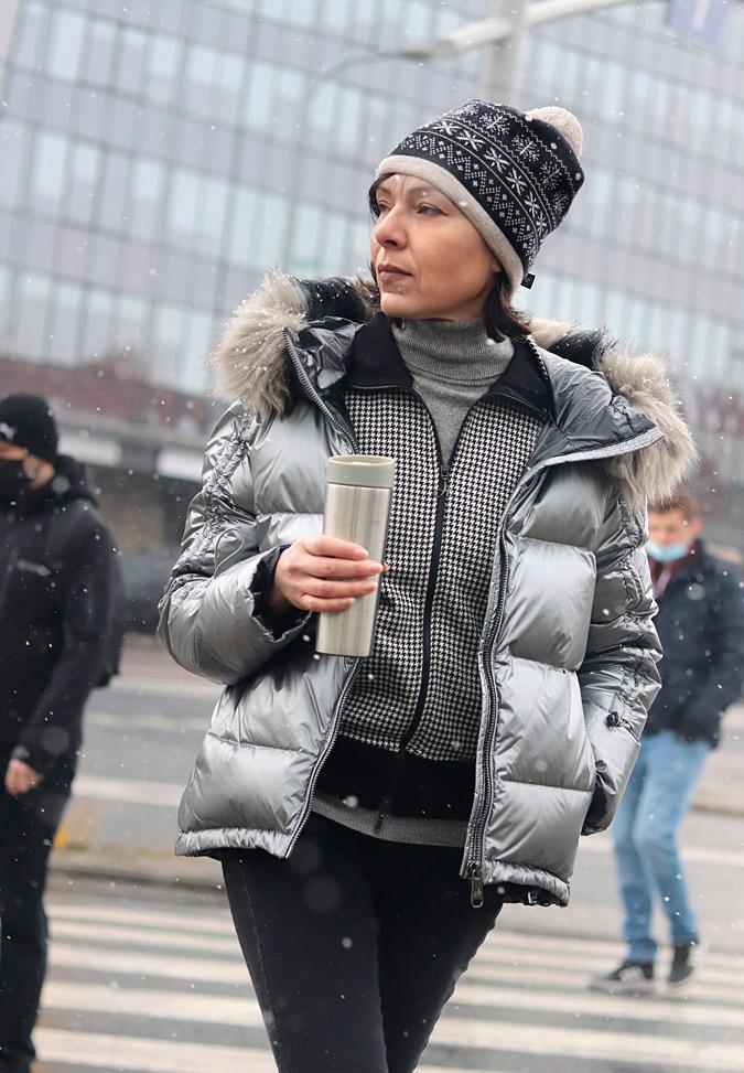 srebrna kurtka z futerkiem zara reserved