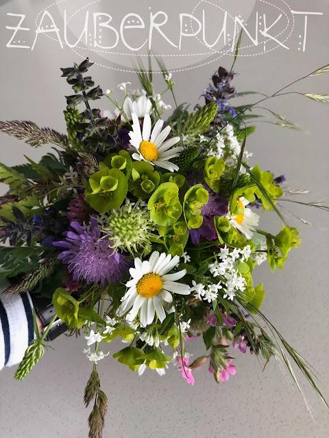 Wiesenblumenstrausse, Strauss, Blumen, Blooms, Blumenbinderin