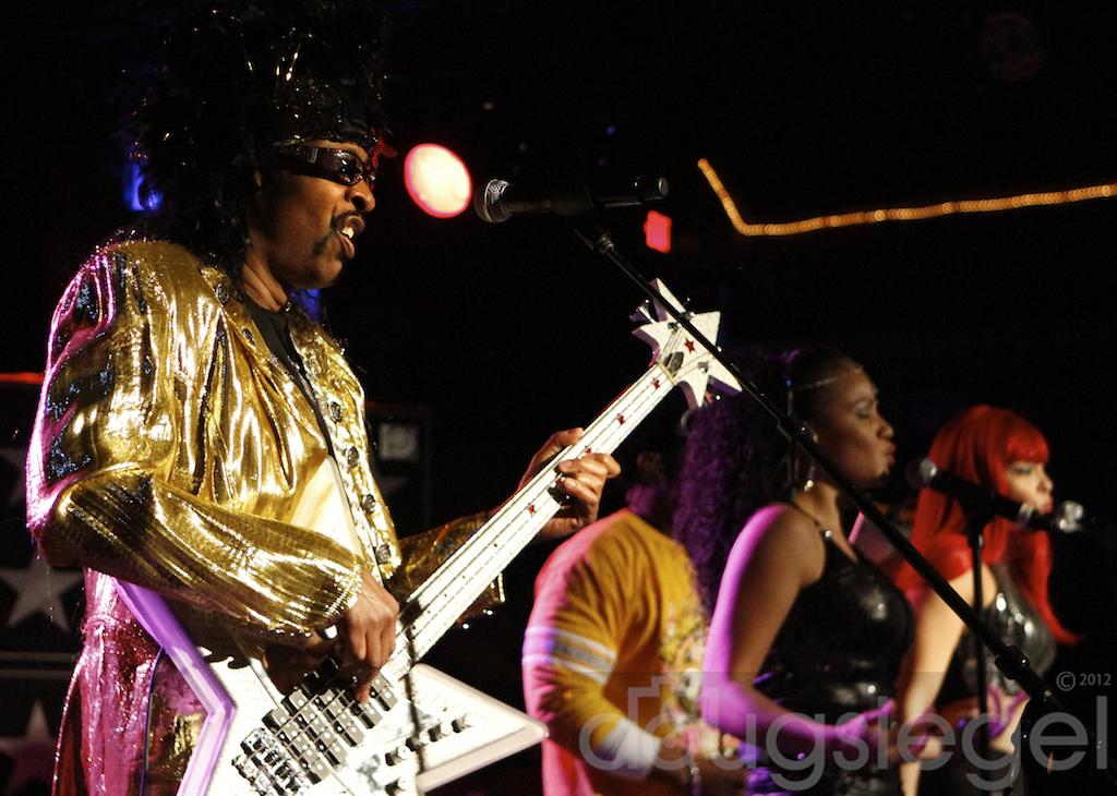Bootsy Collins Funks The Halls Concert Photos Magazine