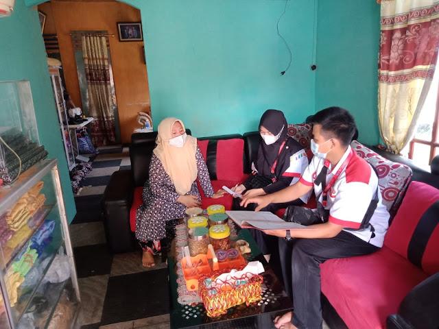 Mahasiswa UNJA Posko 18 KKN Kebangsaan Adakan Monitoring UMKM