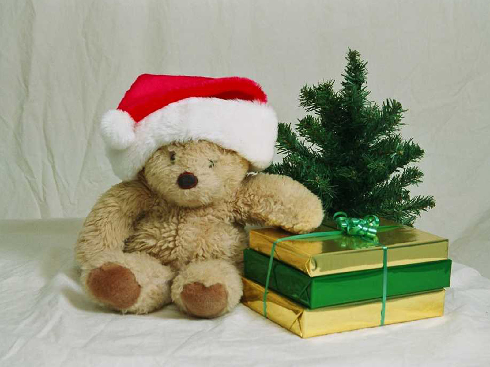Christmas Teddy Bear Wallpaper: Wallpaper: Christmas Teddy Bear Wallpapers