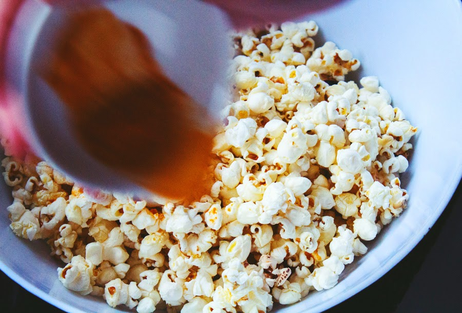 healthy snacks, stop eating refined sugar, stop sugary and cravings with popcorn, Copyright aldentegourmet blog, Copyright Aldyth Moyla Photography