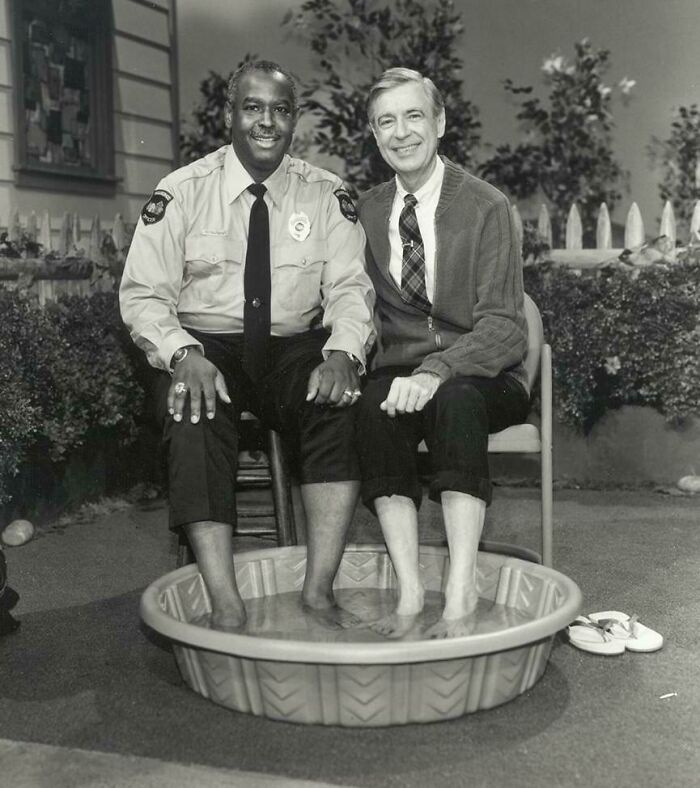 #2 In 1969, When Black Americans Were Still Prevented From Swimming Alongside Whites, Mr. Rogers Decided To Invite Officer Clemmons To Join Him And Cool His Feet In A Pool, Breaking A Well-Known Color Barrier