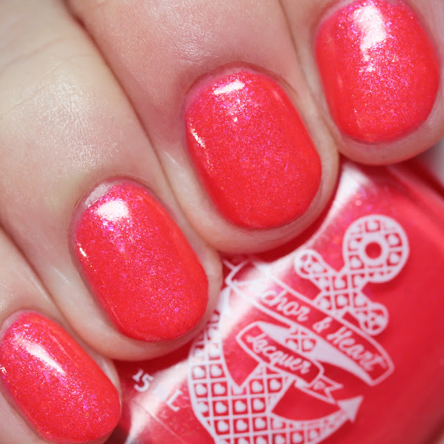 Anchor & Heart Lacquer Desert Paint