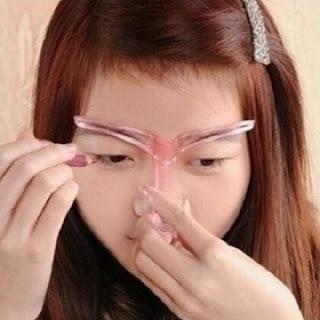 trafaret-dlya-brovej---eyebrow-template