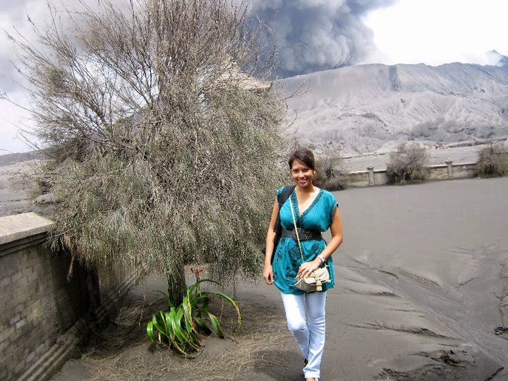 Climbing Mount Bromo beginners guide - Ummi Goes Where?