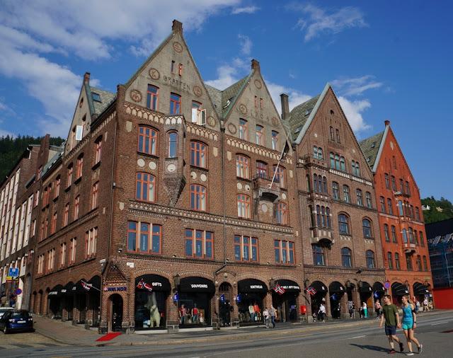 O que fazer em Bergen: guia para conhecer a cidade mais famosa da Noruega