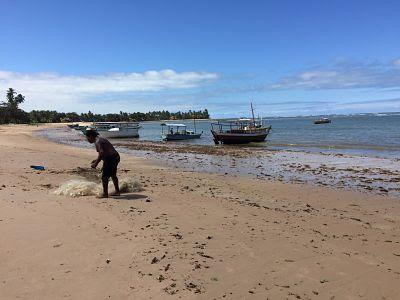 Itaparica. Rio Mar. Bahia. Brasil. Pescador