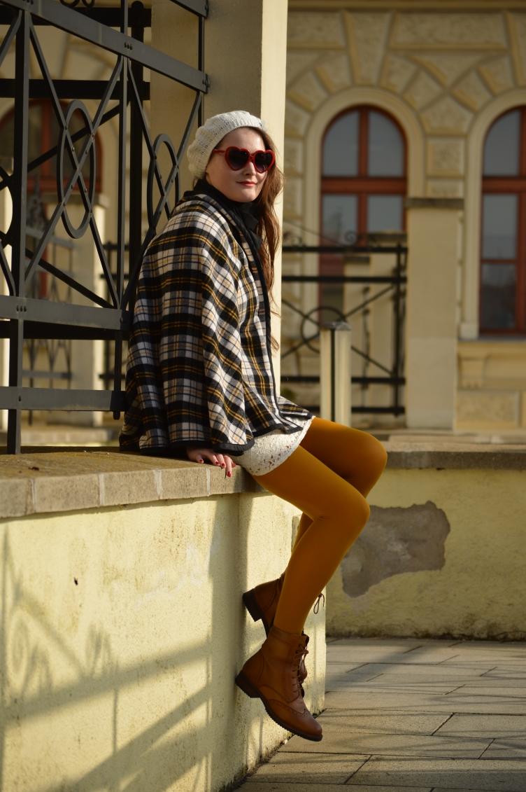 parisian mods style, mia farrow mods look, feather mccarthy scream queens style, czech personal style blog, česká módní blogerka, geogiana quaint, quaintrelle dandy fashion blog, ootd, yellow tights calzedonia mods, secondhand clothes, handmade diy cape coat