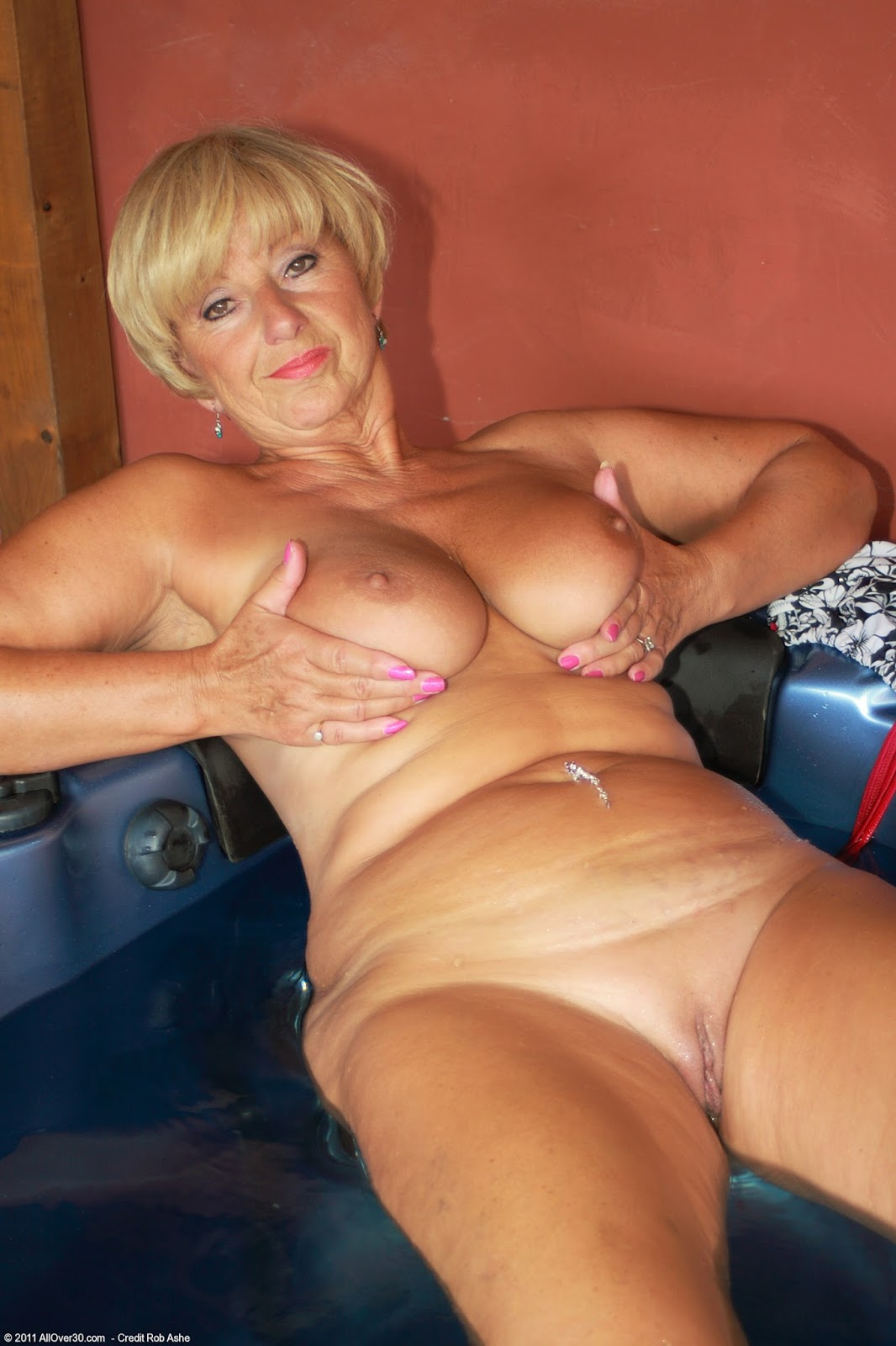 88 year old women fucked - 3 5