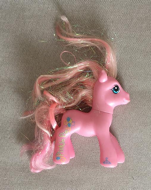 My Little Pony com cabelos bem bagunçados