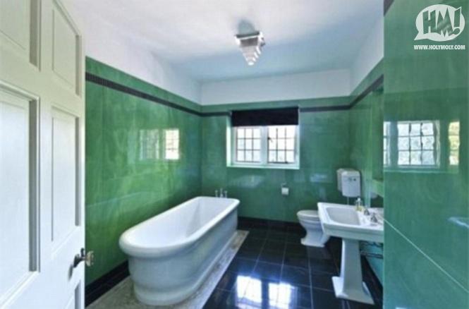 To Da Loos Celebrity Homes Bathroom Game Mega Female