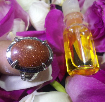 Cincin Batu Mustika Pengasihan Kecantikan Wanita, batu mustika aura, mustika pengasihan wanita, mustika pembuka aura kecantikan