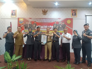 Kaban Kesbangpol Provinsi Jambi Secara Resmi Membuka Seminar Ormas FKBN.