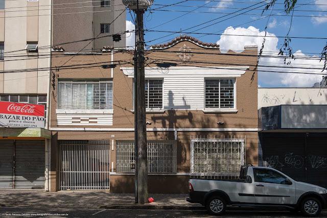Solar na Rua Francisco Torres