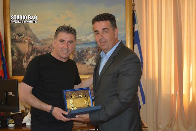Επίσκεψη του Θ. Ζαγοράκη στον Δήμαρχο Ναυπλιέων Δ.Κωστούρο